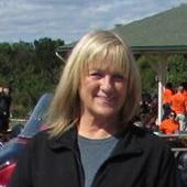 Maggie Strous